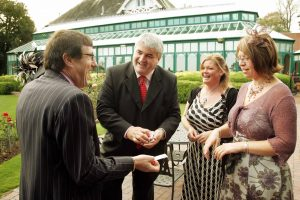 Wedding Magician, Dave Jones amazes guests